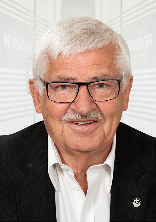 Registreret revisor Erling G Jensen